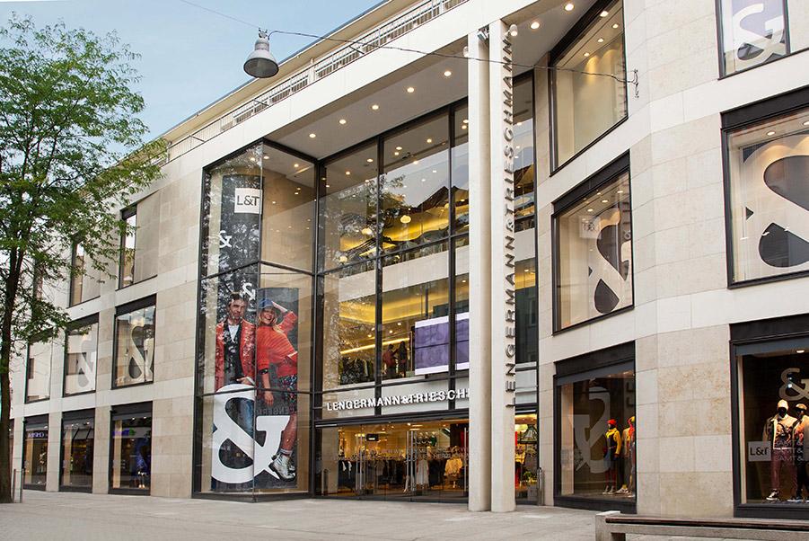 L&T Modehaus | www.seak.de